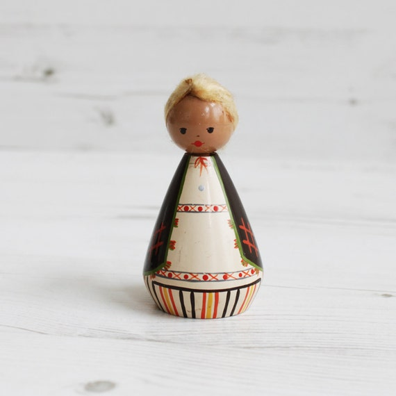 Vintage Wooden Doll - Wood Woman Female Salvo Traditional Brown Decor