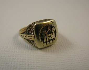 SALE Vintage Class Ring 1928 10K Gold