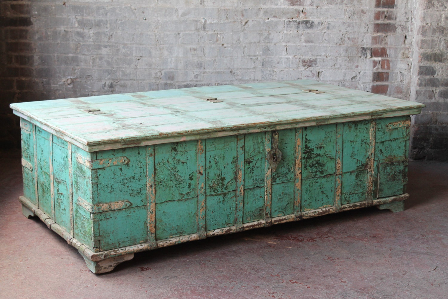 Reclaimed salvaged coffee table antique indian pitara trunk Indian trunk coffee table