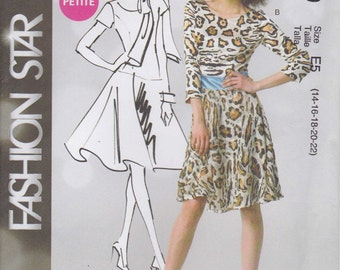 Easy Dress Pattern Fitted Lined Scarf Fashion Star Size 14 - 22 Uncut  McCalls 6599