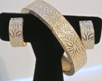 Vintage Ciner Bracelet And Earring Demi Parure Set