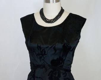 60s LBD Satin /Velvet Roses Wiggle Dress Bust Size 32