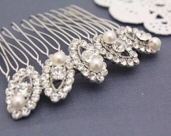 Wedding hair accessory pearl Bridal hair comb vintage Wedding hair comb pearl Bridal hair accessory Wedding headpiece Bridal hair piece comb