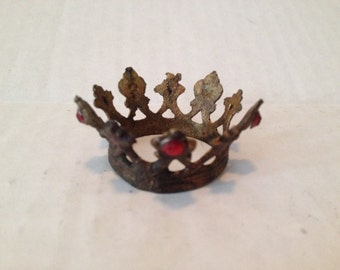 "Mini Crown 1 1/4"" for Santos Doll Mannequin"