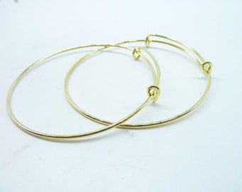 5pcs Gold Plated expandable wire bangle bracelet for charms. Adjustable, For stacking, charm bracelets. Bracelet blanks. C8013