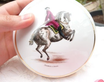 Lovely Limoges Porcelain Box. Pallotade A Droite. Limoges France. Made In France. Jewelry Box. Horse Rise Scene. Gilded Trim. Home Decor