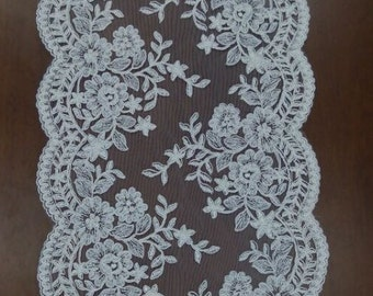 Fabulous Alencon Lace Trim Luxury Wedding Lace Floral Embroidered Retro Tulle Lace 10.23 Inches Wide 1 Yard