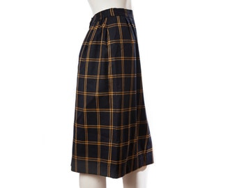 Vintage plaid skirt -- navy blue and gold pencil skirt -- secretary preppy style -- vintage pencil skirt -- size small
