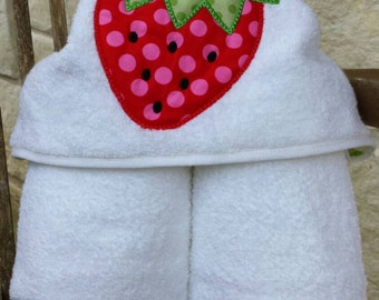 Personalized Hooded Bath Towel Strawberry Towel Beach Towel