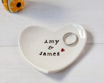 Personalised Wedding Ring Dish, Custom Wedding Ring Dish - comes with gift box - Ceramic Ring Dish