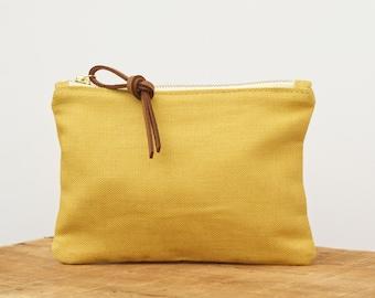 The Original Writer's Pouch  //  linen zipper pouch // wallet // HONEYBEE