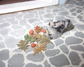Dollhouse miniature squirrel 1/12 scale
