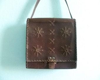 Vintage brown leather bag purse shoulderbag messenger bag / folk hippie boho / 70s