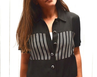 Cropped Button Up Top Early 90s Vintage Black White Striped Short Sleeve Blouse Small Medium