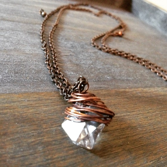 Swarovski necklace, Long necklace, wire wrapped, pendant necklace, copper necklace, simple necklace, elegant necklace, made in italy