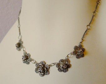 """SALE Mexican silver filagree necklace petite romantic floral vintage - hand-made chain - petite scale -  16"""""""