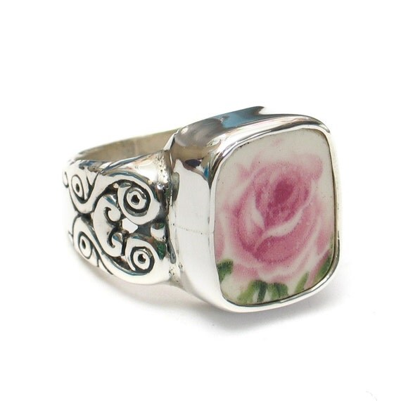 7.5 Broken China Jewelry Pink Rose Flower Sterling Carved Sides Ring