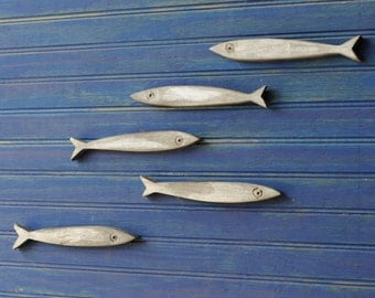 Minnow Fish School Set of Five Fishes Smelt Sardines Guppies Fish Decor Wooden Fish School