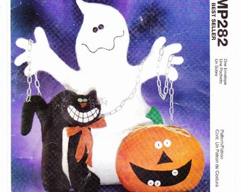 McCalls 4616 Halloween Decorations Scary Cat, Pumpkin and Ghost Uncut Pattern