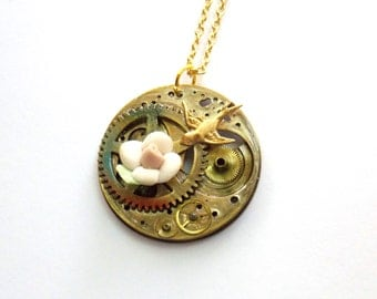 """Victorian Steampunk Necklace """"Time is on the Wing"""""""