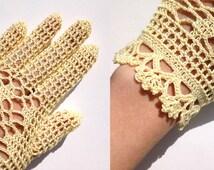 Spring Crochet Gloves . Summer Gloves . Hand Crochet Gloves . Bridesmaid Gloves . Fishnet Gloves