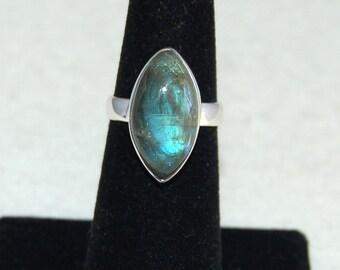 Labradorite Ring, Size 6, Marquise Shape, Blue Green Flash, Sterling Silver, Spectrolite, Natural Labradorite, Marquise Labradorite