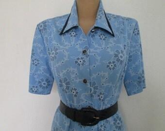 Dress Vintage / Size EUR42 / UK14 / Buttoned Top / Floral / Blue / White / Black