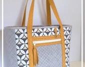 Diaper Bag Women's Tote Bag Large Travel Bag Gray Cream Mustard Custom Diaper Bags for Girls Nappy Bags for Boys Weekender Bag Large Wet Bag