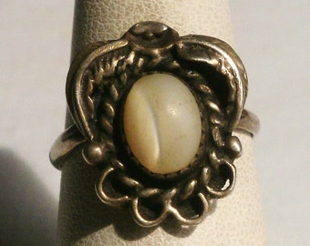 Sterling Silver Mother Of Pearl Ring-Size 6 1/2