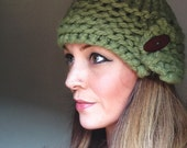 Aspen On My Mind in Chunky Green with Wooden Button