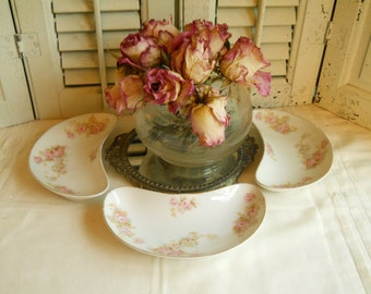 Trio of Porcelain Pink Rose Bone Dishes with Gold Edging Set of 3 Vintage China Pink Roses Vintage Dinnerware Trinket Dishes