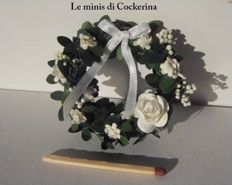 white wedding wreath shabby chic style - Miniature 1:12 scale for dollhouses