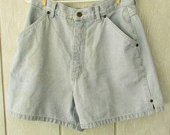 vintage 80s light wash denim jean shorts w29 10 bill blass designer jeans