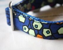 Oriental Blue Hexagon Flower Dog Collar
