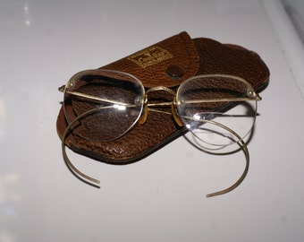 ANTIQUE WIRE RIMMED Eyeglasses, Gold Filled Frames.