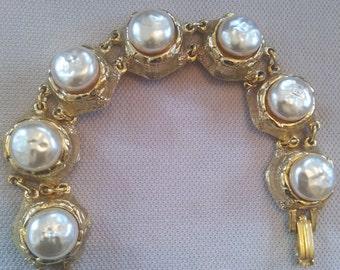 Vintage 1950's Glass Baroque Pearl Bracelet