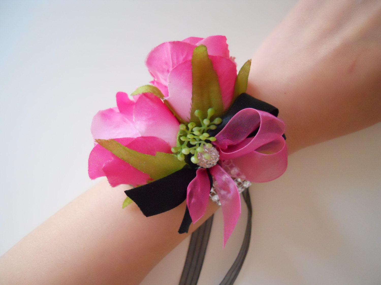 hot pink fuschia magenta roses wrist corsages