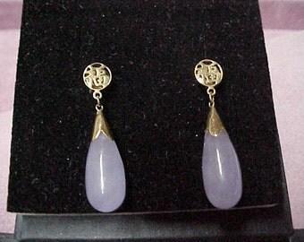Pair of Vintage Lavender Jadeite Teardrop Earrings, 19MM x 6.5MM, 14K Yellow Gold Capping & Studs, 14.6 Gram