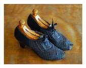 vintage 1930s 1940s shoes / 30s 40s blue leather and mesh peep toe oxfords  / size 9 9.5 narrow