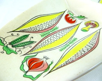 Mid Century Serving Dish, Midmod Retro Kitsch James Kent 'Salad Days' Divided Hors D'Oeuvres/Vegetable Dish 1960s