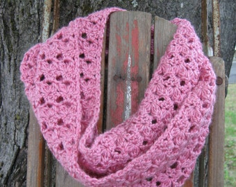 Apple Blossoms Infinity Scarf Crochet Pattern