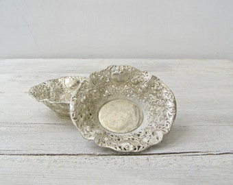Art Nouveau Filigree Silver Plated Bowl Set of 2, Vintage Victorian Dining Room Tableware, Jewelry Dish Change Bowl, Mid century Silverware