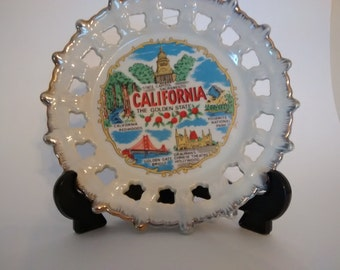 Collectible 8 inch souvenir plate/California 1969