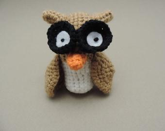 Crochet Owl in the Amigurumi style