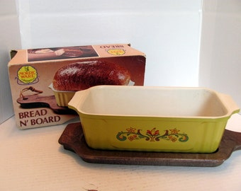 Nordicware Loaf Pan and Bread Board / Nordicware Yellow Bread N'Board / Bread Board