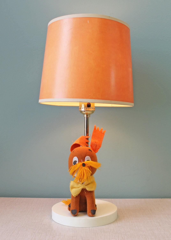 chien vintage lampe lampe vintage pour enfants clairage. Black Bedroom Furniture Sets. Home Design Ideas