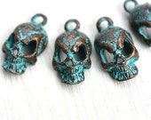 Skull charms, green Patina on copper, Verdigris, metal skull bead, Greek beads, 18mm, Lead Free - 4pc - F261
