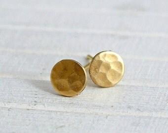 Small Brass Circle Studs .. tiny studs, geometric earrings, hammered brass studs, circle earrings