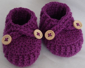 Crochet baby shoes, crochet baby booties, handmade purple newborn shoes, baby shower gift, newborn, infant, CHOOSE SIZE and COLOUR