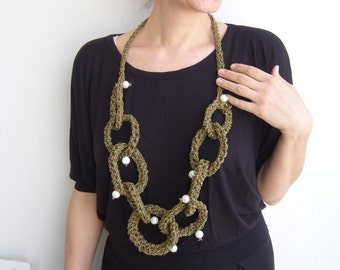 Knit chain necklace bold /olive green necklace knit/loop satement bib
